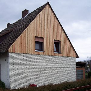 Framke Dachdecker: Fassaden-Verkleidung aus Holz, Metall sowie Klinker oder Kunststoff