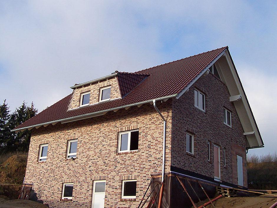 Framke Dachdecker: Dachkonstruktion, Gaube