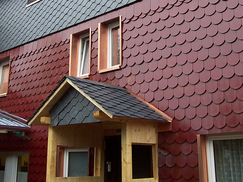 Framke Dachdecker: Vordach, Schieferdach